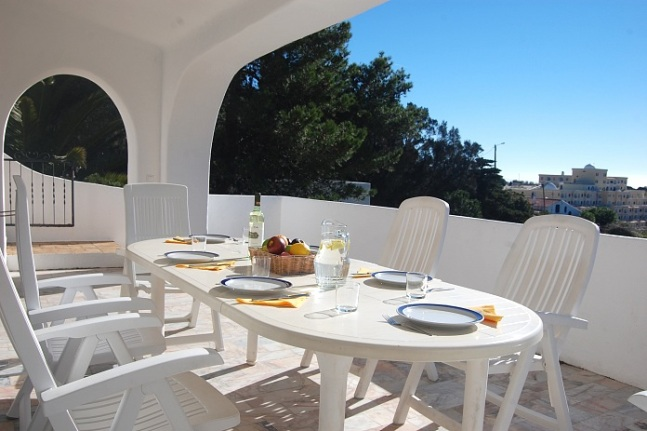 Casa Birgitta lunch Carvoeiro Villa