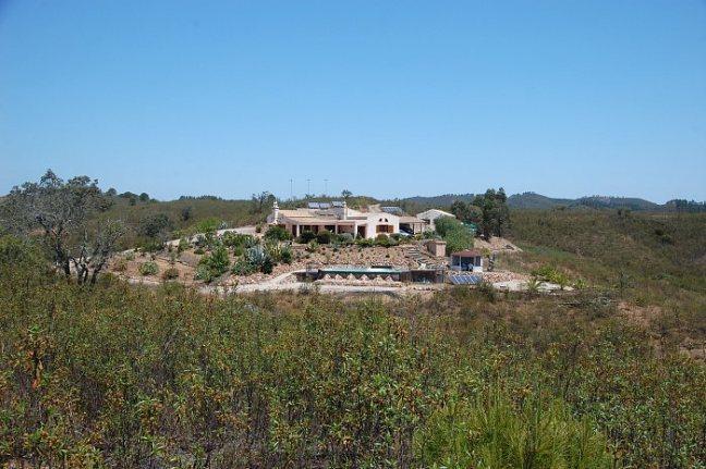 Casa Da Terra Secluded Villa Rental
