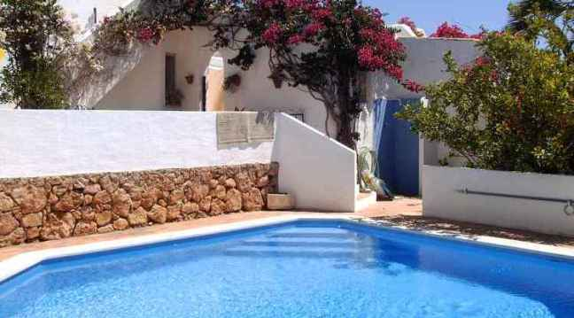 Carvoeiro gated pool villa