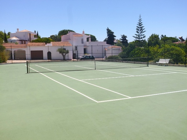 Carvoeiro Villa Rental Tennis
