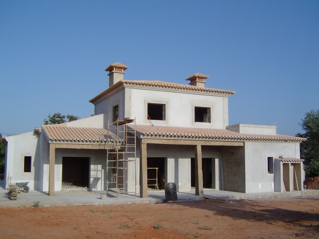 Building Your Villa, Carvoeiro, Algarve