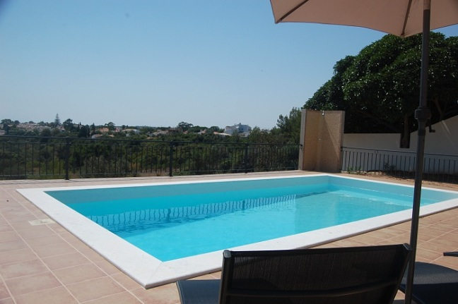 Carvoeiro, 4 Bedroom Villa, Gated Pool