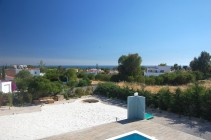 villa-mediterraneo-bedrooms-terrace-view