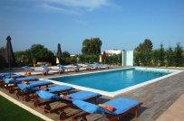 villa-mediterraneo-pool