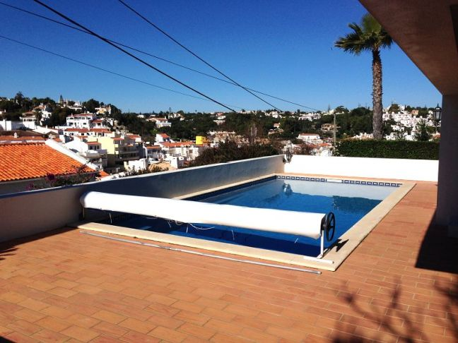 casa-caravela-pool-view